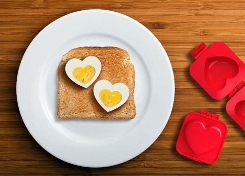 Sag's nicht mit Blumen, sondern dem Frühstücks-Ei